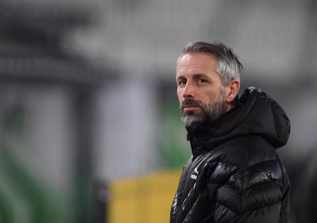 14 February 2021, Lower Saxony, Wolfsburg: Gladbach's coach Marco Rose is pictured before the start of the German Bundesliga soccer match between VfL Wolfsburg and Borussia Moenchengladbach at the Volkswagen Arena. BorussiaMoenchengladbach have nothing t
