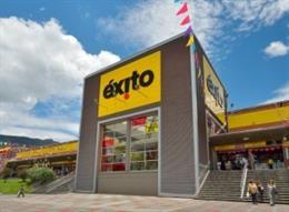 Archivo - La cadena minorista colombiana Grupo Éxito cuadruplica su beneficio en 2020, hasta los 53 millones de euros