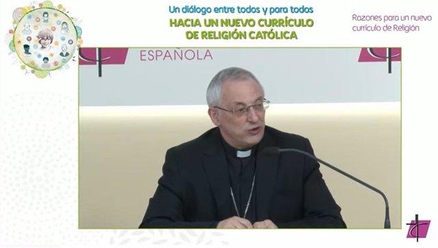 El Monseñor Alfonso Carrasco Rouco, obispo de Lugo y presidente de la Comisión Episcopal para la Educación y Cultura de la Conferencia Episcopal Española (CEE) en la jornada de este martes