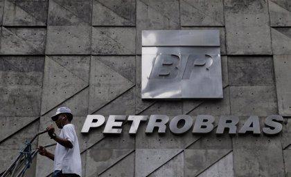 Economía.- Las acciones de Petrobras avanzan más de un 7% tras el desplome provocado por el cambio de presidente