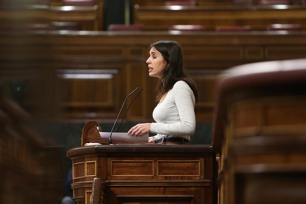 """Montero advierte al CGPJ: """"Si se opone al 'no es abuso, es violación' el Gobierno hará lo mismo que en 2004, legislar"""""""