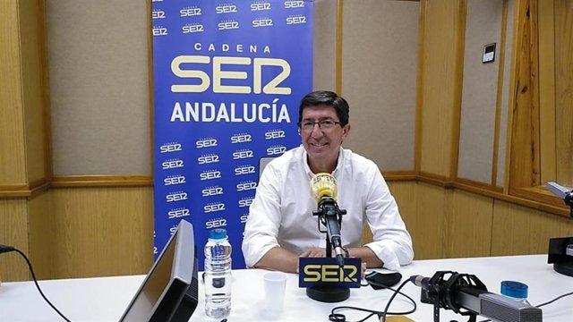 El vicepresidente de la Junta y consejero, Juan Marín, durante una entrevista con la Cadena Ser.
