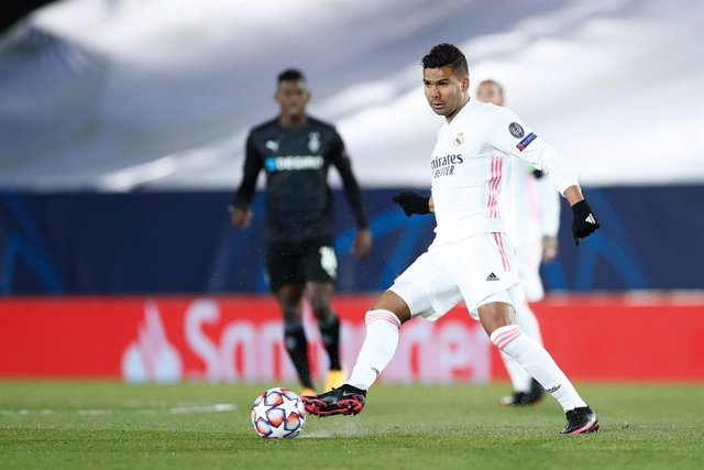 Archivo - Carlos Henrique Casemiro of Real Madrid in action during the UEFA Champions League football match played between Real Madrid and Borussia Monchengladbach at Ciudad Deportiva Real Madrid on december 09, 2020, in Valdebebas, Madrid, Spain