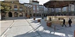 Archivo - Plaza de la Paz y Ayuntamiento de Haro al fondo