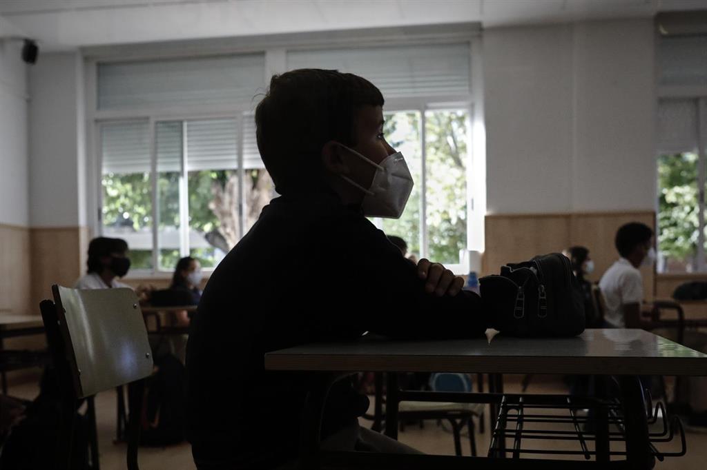 """Sánchez destaca que hay """"solo un 0,7%"""" de incidencia del virus en las aulas españolas"""