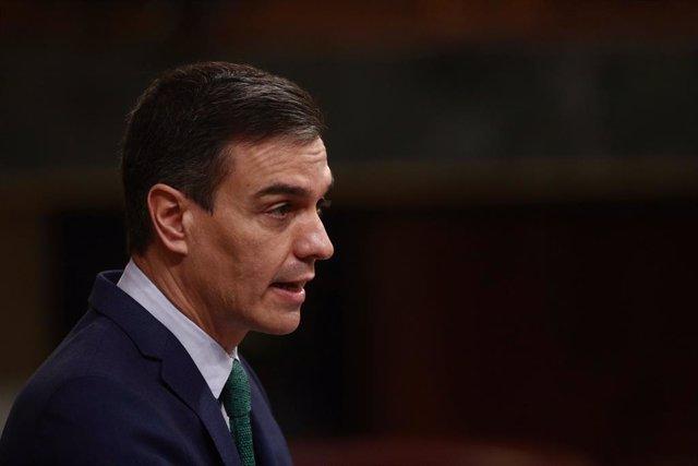 Arxiu - El president del Govern central, Pedro Sánchez, en una sessió de control al Congrés dels Diputats.