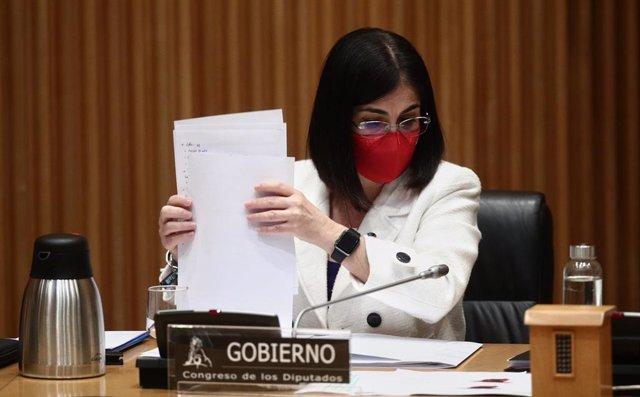 La ministra de Sanidad, Carolina Darias, durante una Comisión de Sanidad y Consumo celebrada en la sala Ernest Lluch del Congreso de los Diputados, Madrid, (España), a 18 de febrero de 2021. Darias utilizará la convocatoria para informar sobre la situació