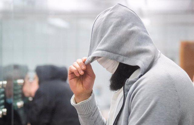 El clérigo Abú Ualá, supuesto líder de Estado Islámico en Alemania