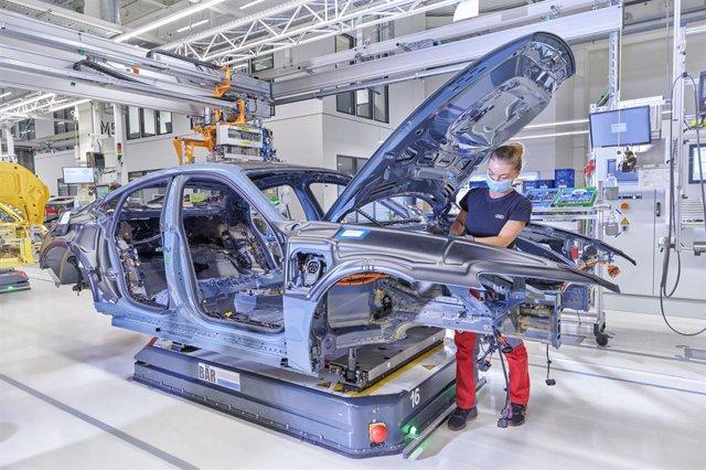 Planta de producción de vehículos.