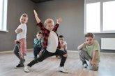 Foto: Actividades lúdicas de adultos adaptadas a los niños: música, cocina, ajedrez, matemáticas y ciencias