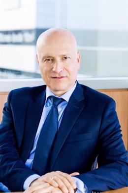 Np. Roche Aumentó Un 3,4% Su Inversión En Investigación Clínica En España En 2020, Hasta Los 64,3 Millones De Euros, E Impulsó Casi 300 Ensayos Clínicos
