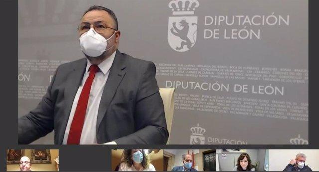 El presidente de la Diputación de León, Eduardo Morán, durante el pleno ordinario celebrado telemáticamente.