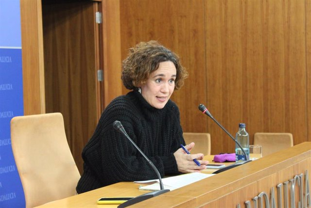 Archivo - Ana Naranjo en el Parlamento andaluz, en una imagen de archivo.