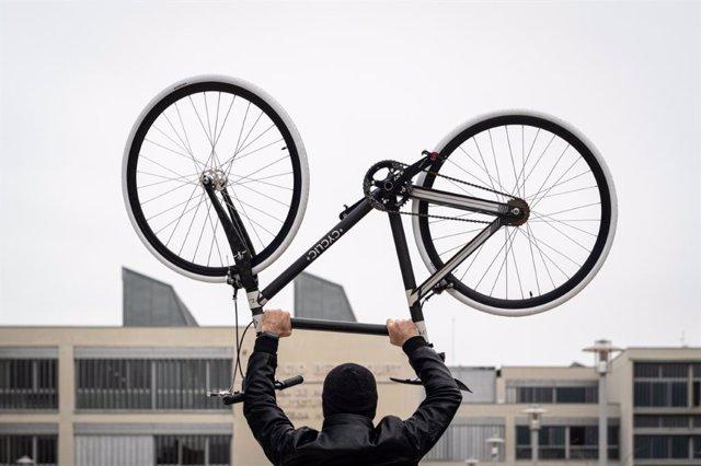 La ligereza y la manejabilidad de las bicicletas son aspectos claves para circular por las ciudades