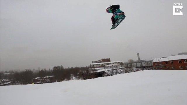 Vasilisa Ermakova, la niña rusa de siete años que bate récords haciendo snowboard