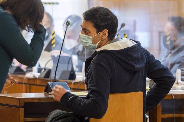 Uzgan al expresidente de Asaja en Valladolid Lino Rodríguez (en la imagen), su esposa, el vicepresidente y gerente de la organización en el momento de los hechos.