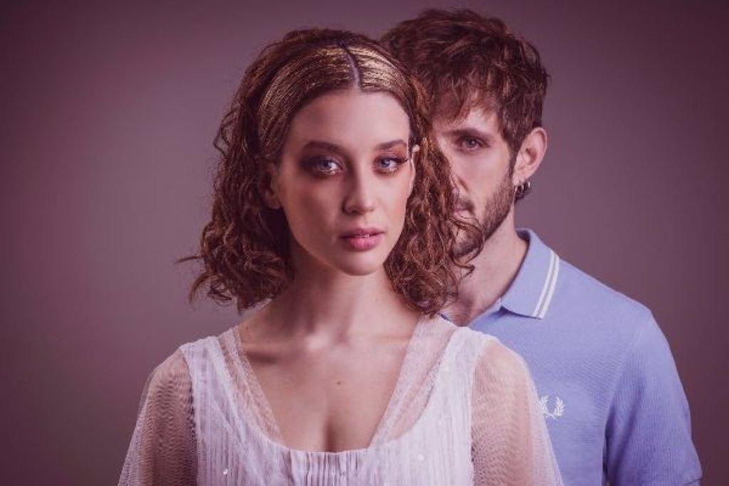 Netflix inicia el rodaje de dos películas españolas 'La Bestia' y 'Las niñas de cristal'