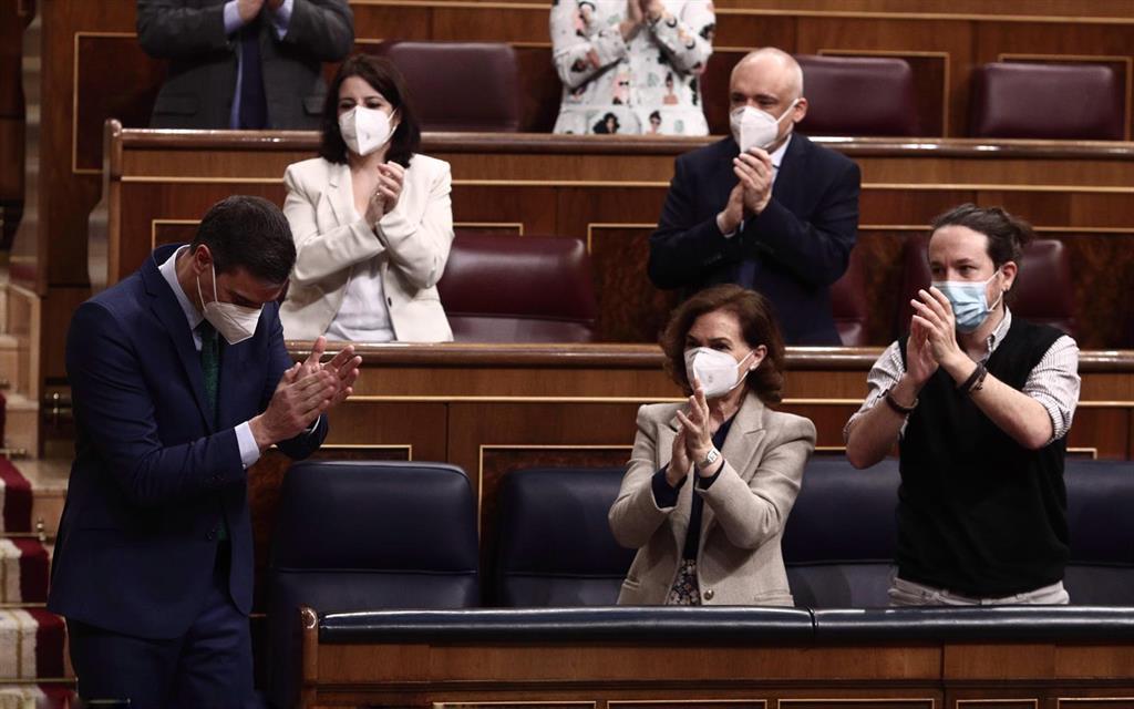 """El Gobierno niega ser antisistema, pero el PP no lo cree: """"Sus pactos con el diablo hacen de España un infierno"""""""