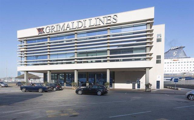 Terminal de Grimaldi Lines en Barcelona.