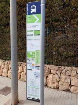 Archivo - Parada de la EMT en Palma.