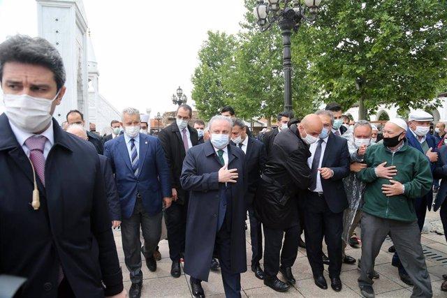 El presidente del Parlamento de Turquía, Mustafa Sentop.