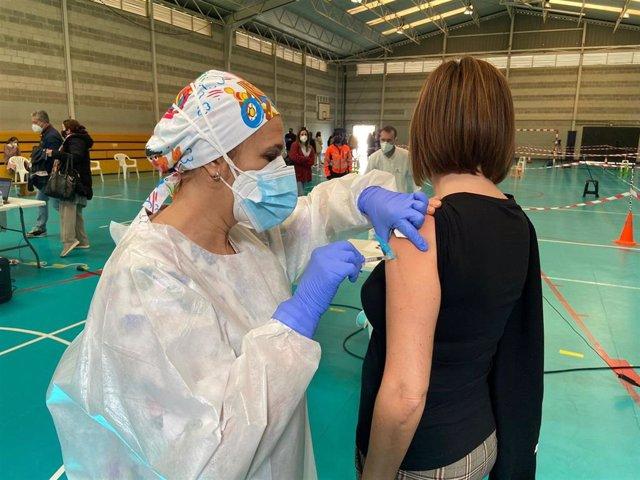 Vacunación a profesionales de Educación