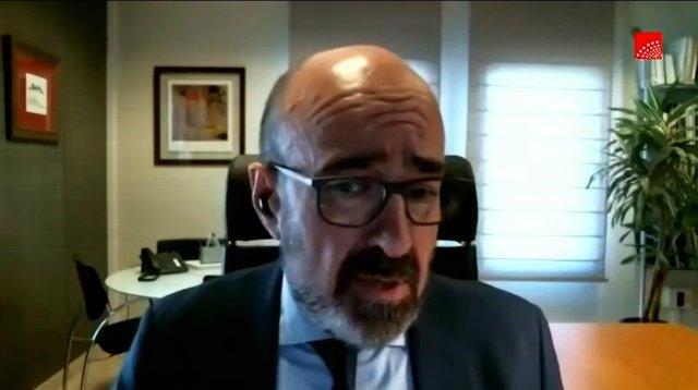 El presidente de la Sociedad Española de Geriatría y Gerontología, Augusto García Navarro