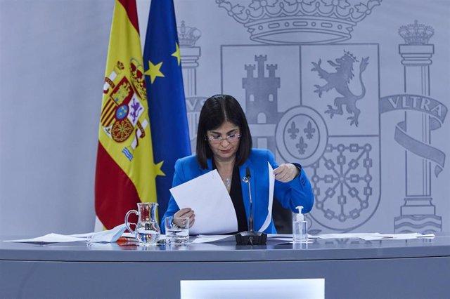 La ministra de Sanidad, Carolina Darias durante una rueda de prensa tras la reunión del Consejo Interterritorial del Sistema Nacional de Salud, en Madrid (España), a 17 de febrero de 2021.
