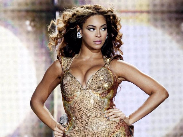 Archivo - Singer Beyonce performs at the Staples Center on July 13, 2009 in Los Angeles, California.