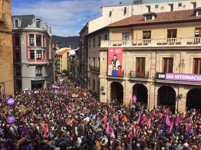Archivo - Conmemoración del  8 de marzo en Oviedo