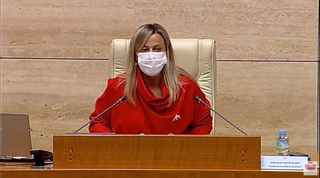 La presidenta de la Asamblea de Extremadura, Blanca Martín, en el pleno de la Asamblea en el que se ha referido al 38º aniversario de la aprobación del Estatuto de Autonomía de la comunidad