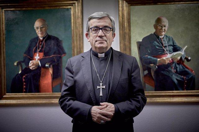 Archivo - El secretario general y portavoz de la Conferencia Episcopal Española (CEE) y obispo auxiliar de Valladolid, Luis Argüello, durante una entrevista para Europa Press en la sede de la CEE, en Madrid (España), a 21 de diciembre de 2020.