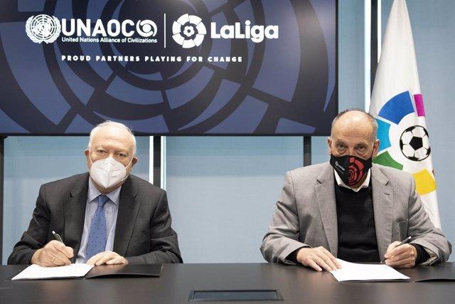 Archivo - LaLiga y la UNAOC impulsan la campaña 'One Humanity' para promover el cambio global.