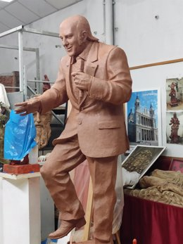 Estatua del humorista Chiquito de la Calzada