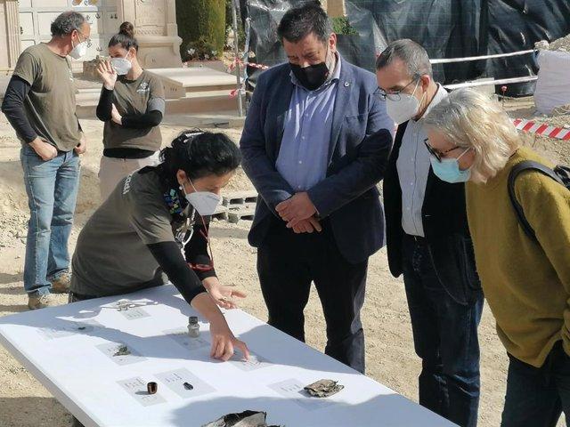 Las excavaciones de Porreres permiten recuperar 44 víctimas más de la represión franquista en cinco fosas.
