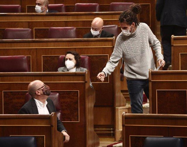 Archivo - El diputado y Secretario de Organización de Podemos, Alberto Rodríguez, en el Congreso de los Diputados.