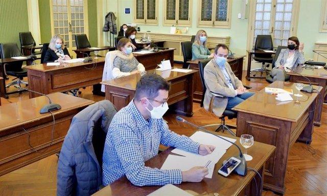 Comisión de Asuntos Sociales, Derechos Humanos y Deportes del Parlament.