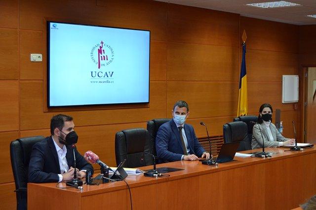 El viceconsejero de Empleo, David Martín, en presentación de una actividad de economía social en la UCAV.