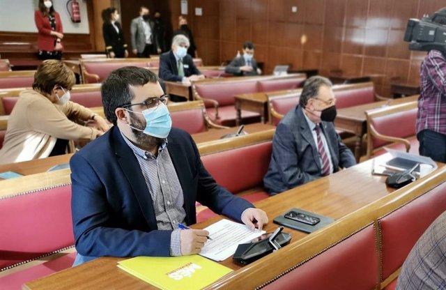 El senador Vicenç Vidal, durante la Comisión de Asuntos Exteriores del Senado.