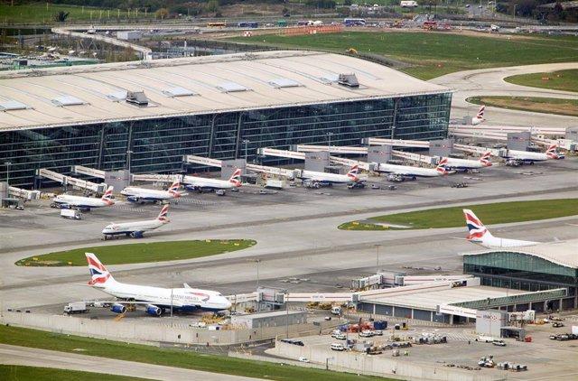 Archivo - Terminal T5 del aeropuerto de Londres Heathrow (Ferrovial)
