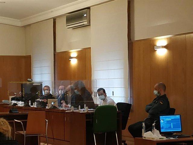 Archivo - Trib.- El crimen de Nava sube al TSJCyL tras el recurso anunciado por las acusaciones particulares