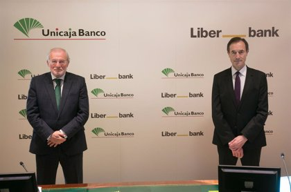 Economía.- (AMP2) Unicaja Banco y Liberbank convocan a sus accionistas el 31 de marzo para dar 'luz verde' a su fusión