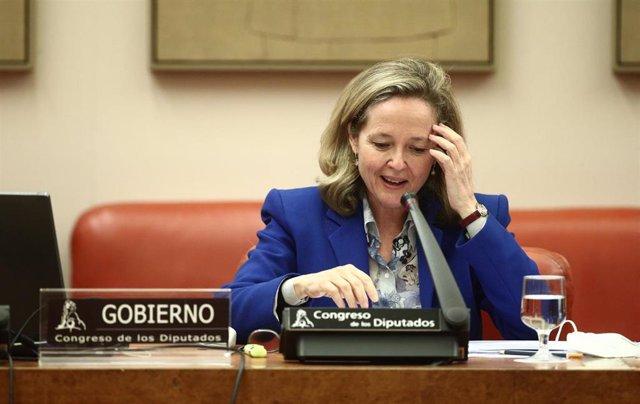 La Vicepresidenta Tercera del Gobierno y Ministra de Asuntos Económicos y Transformación Digital, Nadia Calviño, comparece en la Comisión Mixta para la Unión Europea celebrada en el Congreso