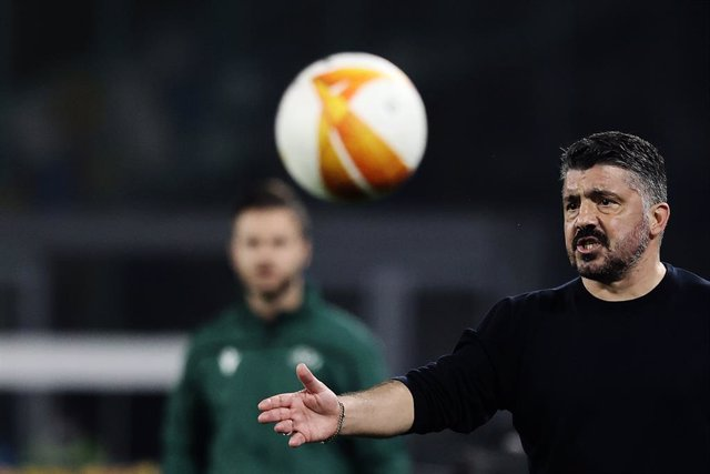 25 February 2021, Italy, Naples: Napoli coach Gennaro Gattuso reatcs on the sidlines during the UEFA Europa League round of 32, second leg soccer match between SSC Napoli and Granada CF at Diego Armando Maradona stadium. Photo: Alessandro Garofalo/LaPress