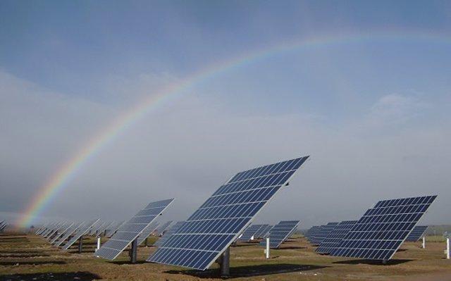 Archivo - Instalación solar fotovoltaica de Solarpack
