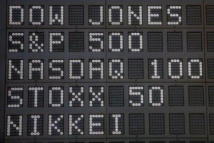 Economía/Bolsa.- El Ibex 35 abre con una caída del 1,55% y pierde los 8.200 enteros