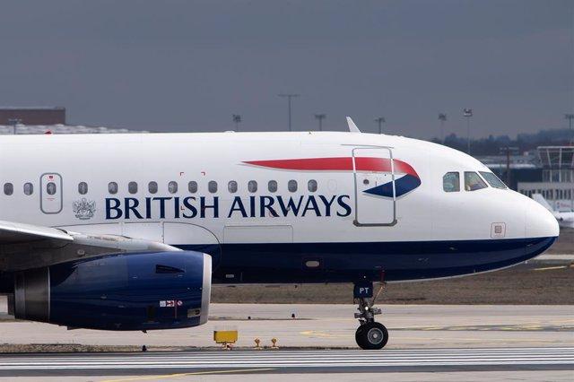 Archivo - Avión de la aerolínea de IAG, British Airways