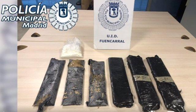 Dos detenidos y requisados 4 kilos de cocaína escondidas en dos bolsas de pañales