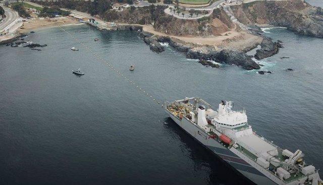 Tendido de cable submarino