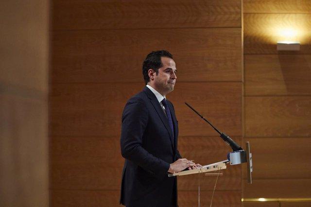 El vicepresidente de la Comunidad de Madrid, Ignacio Aguado, interviene durante la rueda de prensa posterior al Consejo de Gobierno de la Comunidad de Madrid celebrada en la Real Casa de Correos, Madrid, (España), a 24 de febrero de 2021. Durante la rueda
